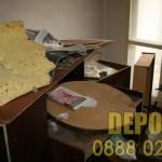 Сваляне пеша и изхвърляне на стари мебели