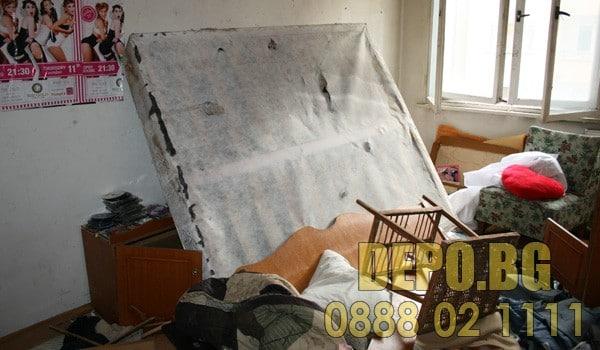 Изхвърляне от апартамент с таван и мазе