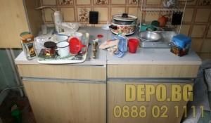 Демонтаж на долен кухненски шкафов с изхвърляне