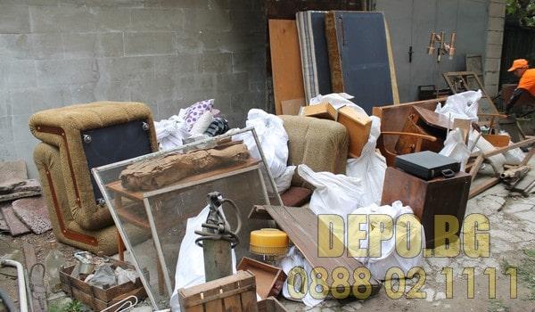 Почистване и извозване на отпадъци до депо